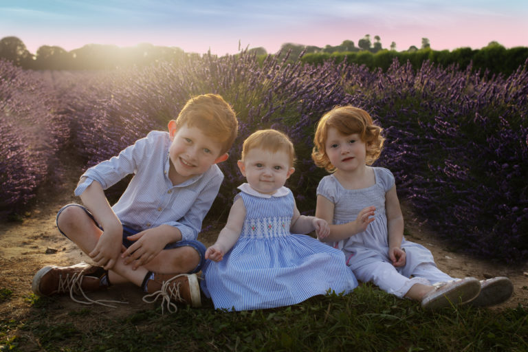 Outdoor location Medway Kent Family photo